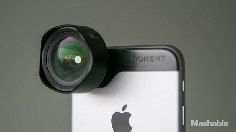 Moment Lens-7, moment mobile lenses, mobile lense, feature, iPhone, camera, taking a photo