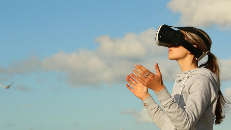 virtual reality,travelers