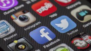 Best Tools for Tour Operators - social media