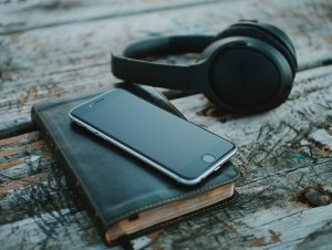 Top Tourism Podcasts - Orioly blog