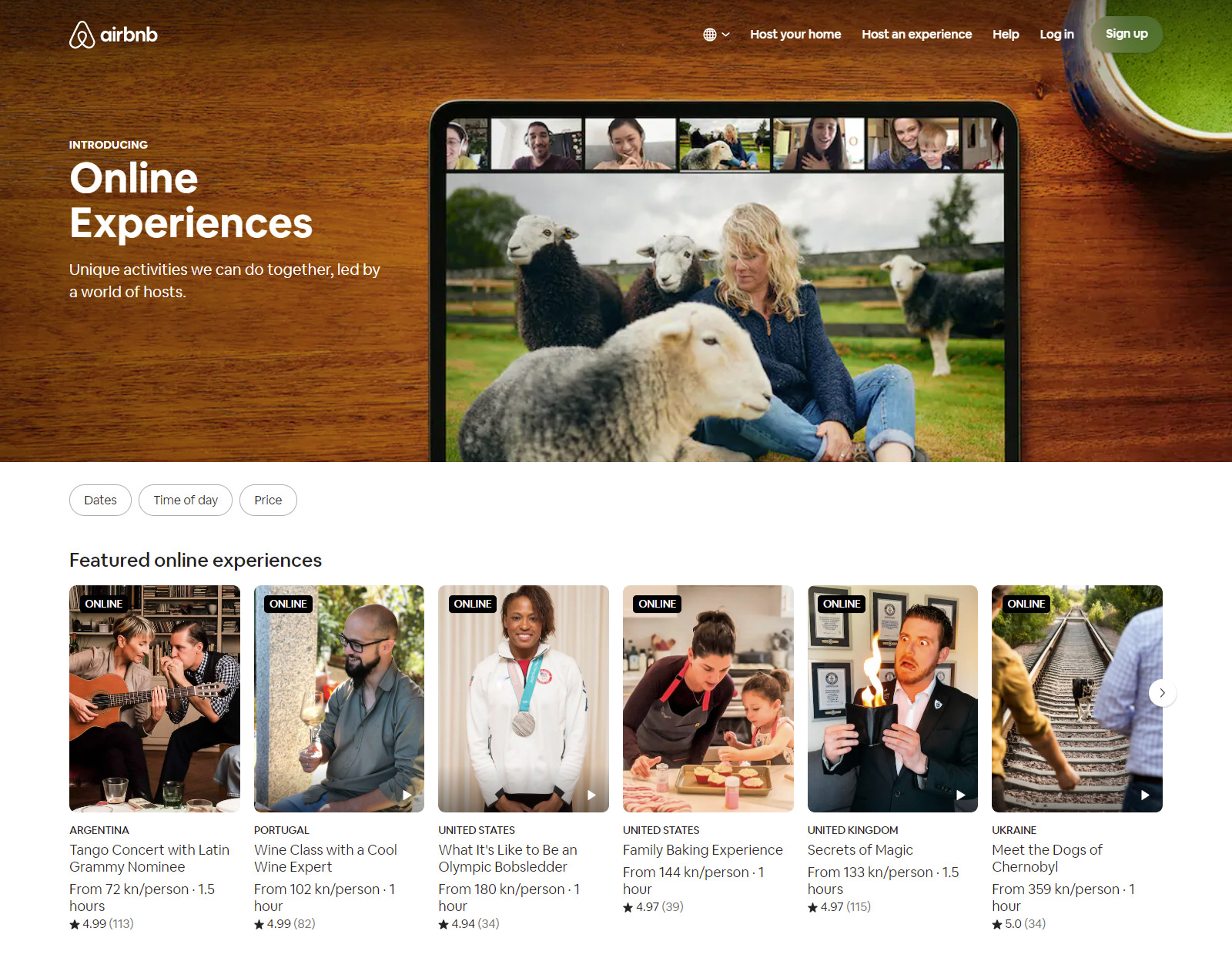 Airbnb website home page showing online experiences.