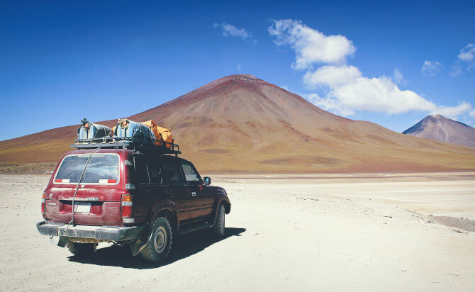 car and mountains travel photography tips