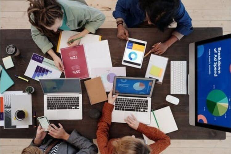 social media marketing brainstorming