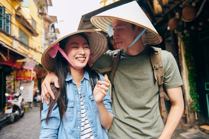 tourist couple street starting a tour operator business